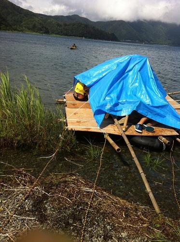 湖上スリープハウス500px